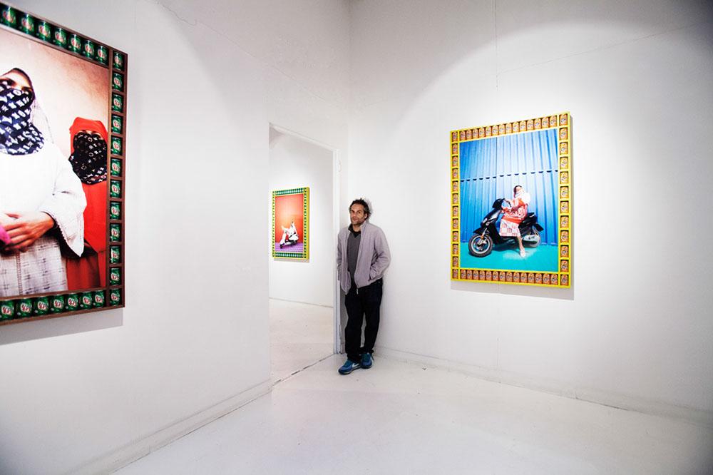 Hassan Hajjaj at Aria Art Gallery for 'VogueArabe' / ph. Tommaso Majonchi - M Studio